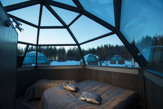Afbeeldingsresultaat voor nieuwjaar in rovaniemi glazen iglo